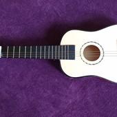 Детская деревянная гитара Bino, без 3 струн
