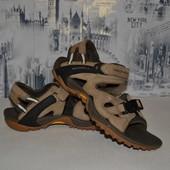 фирменные кожаные сандалии 27.5 см