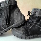 Осенние кожаные ботиночки на ножку 12-12,5см(по стельке 13см)