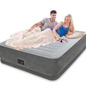 Двухспальная надувная кровать 64414 велюр, со встроенным насосом