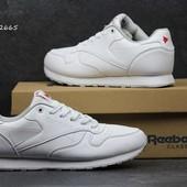 Кроссовки  Reebok білі