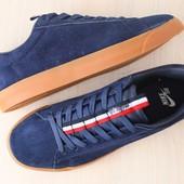 Мужские кроссовки, темно-синего цвета, из натуральной замши, на шнурках
