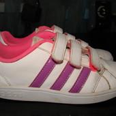 стильные кроссовки adidas оригинал Neo label 31/32 размер Англ 13,5 стелька 20,5 см в отличном состо