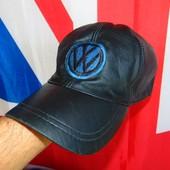 Фирменная кожаная бейсболка кепка Volkswagen м-л-хл .
