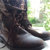 Ботинки кожаные фирмы Next размер 4  37рр.