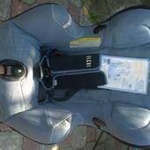 Автомоб.кресло Bebe Confort 0-18кг.Положение лежа, бока регулируются по ширине.Состояние отличное!