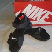 Босоножки Nike/100%оригинал.стелька 23.5 длина 25 см.