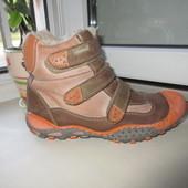 Кожаные деми ботинки Kornecki 36 р.