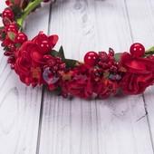 Ободок обруч с красными цветами
