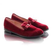 Стильные удобные женские туфли лоферы