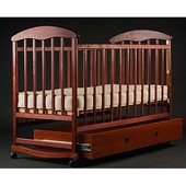 Детская кроватка с ящиком Наталка темный лак, колеса+качалка