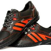 Яркие мужские кроссовки черные с красными вставками (СКР-9чр)