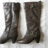 Высокие кожаные деми-сапоги Janet D. р.39 дл.ст 25,7 см