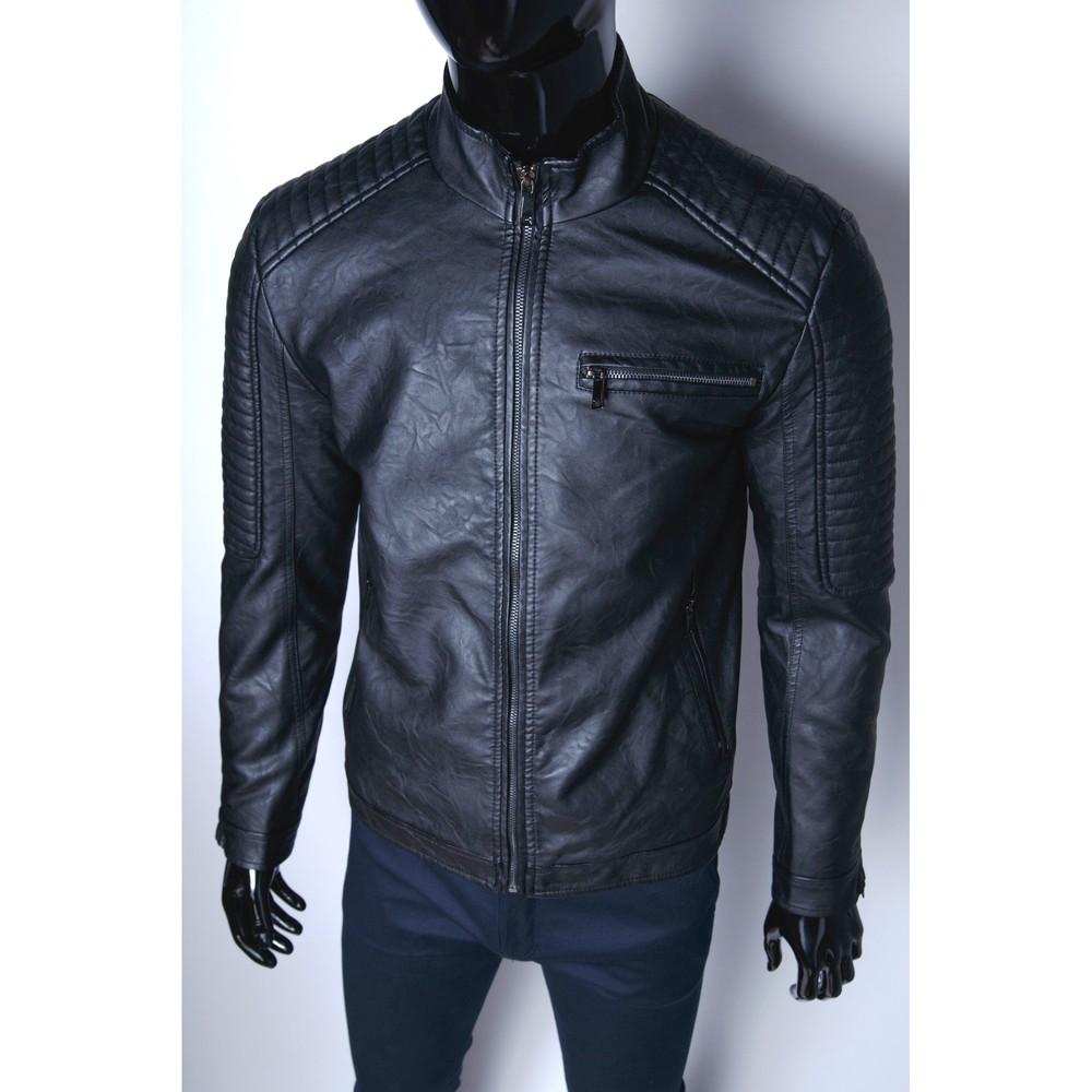 Демисезонная мужская куртка из очень качественной искусственной кожи! фото №1