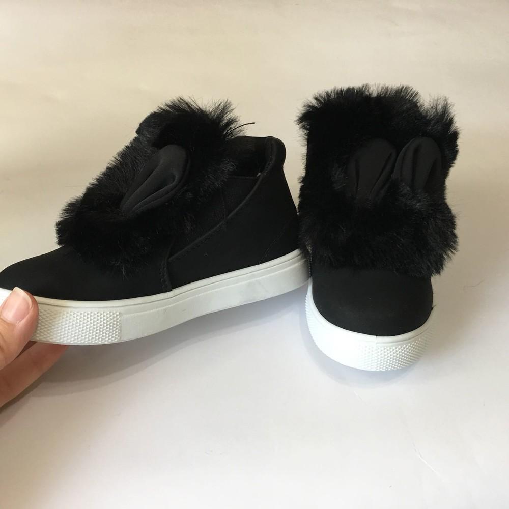 Ботинки демисезонные черные с ушками и мехом фото №2