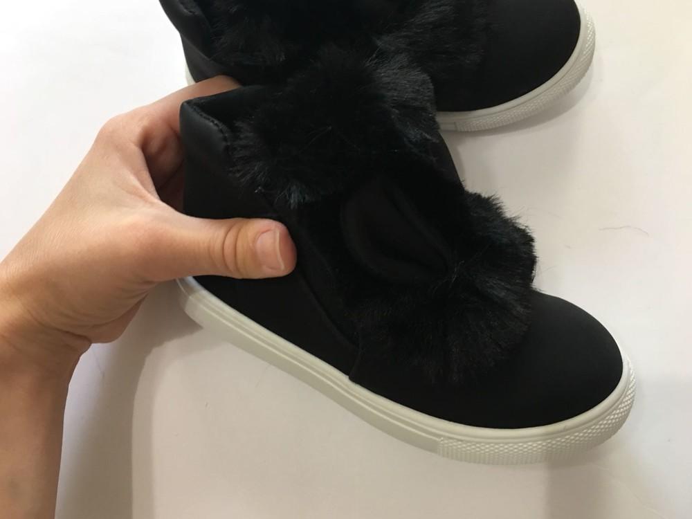 Ботинки демисезонные черные с ушками и мехом фото №4