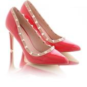 Элегантные женские туфли лодочки