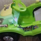 Детский электромобиль Lion King цвет зеленый. Управляя этим великолепным автомобилем, ваша кроха с с