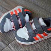 Кроссовки Adidas (21 размер)