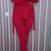 Абалденный костюм размер М