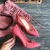 Новые кружевные туфли-лодочки New Look р-р 39-40