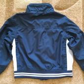 Курточка, ветровка на мальчика 4-5лет.