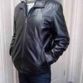 шкіряна чоловіча куртка розмір М