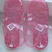 Силіконові босоніжки(мильнички) рожеві з блиском,розмір 2\35