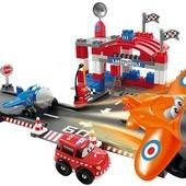 Конструктор Ecoiffier Аэропорт 87 деталей 3074
