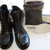 Резиновые ботинки на шнуровке со съемным носочком