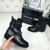 код 284 Демисезонные ботинки Fabio Monelli , прессованная кожа сбоку резинка,  цвет   черный,  качес