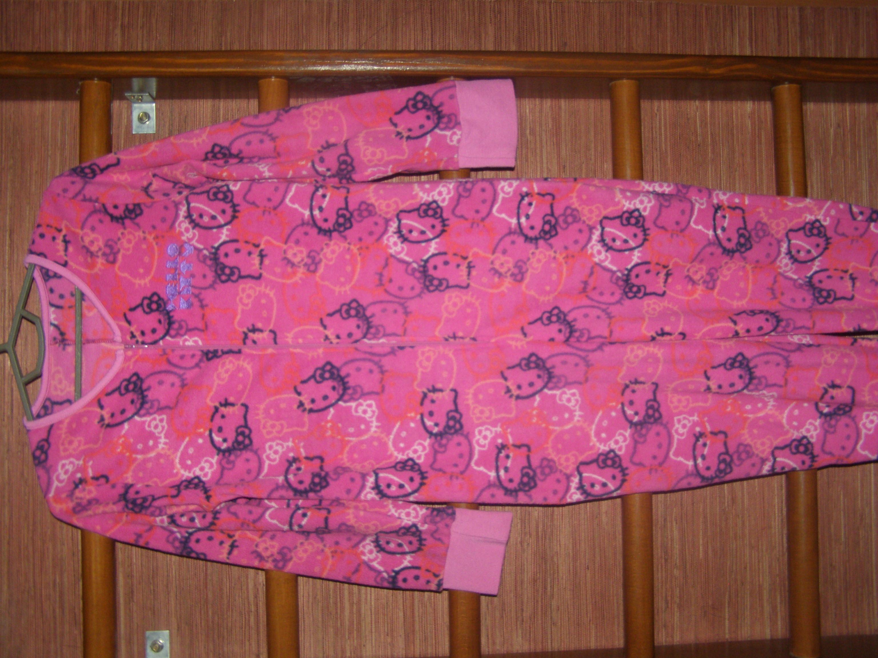 Пижама флисовая на 11-12 лет, рост до 152 см