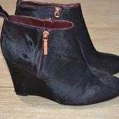 Clarks 38.5р кожаные  туфли ботинки  танкетка полусаожки пони