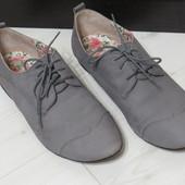 Крутые туфли / броги/ оксфорды серого цвета нубук+кожа