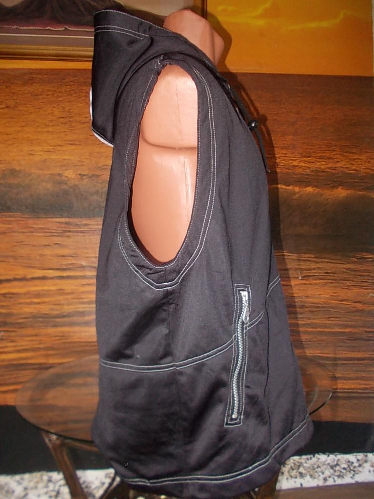 Отличный молодежный жилет mars 48 размера фото №2
