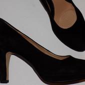 Кожаные фирменные красивые туфли Clarks 40 р - Новые