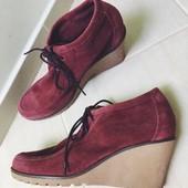 Замшевые ботинки esprit