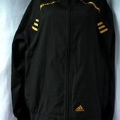 Новая фирменная спортивная куртка-мастерка Adidas Размер XL.