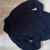 Тёплый свитер р.с-м в хорошем состоянии