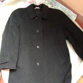 Шерстяное полу пальто  52-54 размер Италия