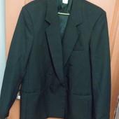 Мужской костюм чёрного цвета. замеры в обьявлении.