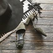 Открытые туфли босоножки р-р 36