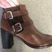 Новые женские ботинки,ботильоны,бренд Minelli, кожаные , 39 р