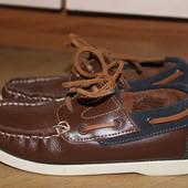 Стильные туфли , топсайдери шкіряні