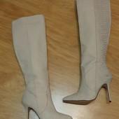 Модельні чоботи San Marina нат.шкіра р.36;37.   Фактурне тиснення під шкіру рептилії.