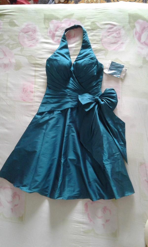 Продам новое праздничное платье женское размер 14 англ. фото №1
