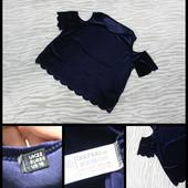 Boohoo.бархатная футболка с открытыми плечиками.кофта.