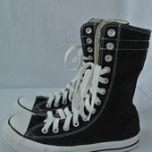 Фирменные высокие черные кеды Converse размер 38 длина стельки 24.5 см.