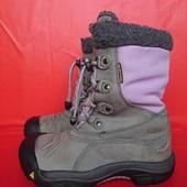 В новом сост.зимние ботинки 33-34р Keen waterproof США Оригинал