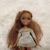 Кукла Братс братц Bratz MGA оригинал с серебристом платье.